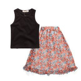 Chiffon menina s terno on-line-Meninas verão Europa e América conjuntos de roupas de algodão infantil colete preto + saia de chiffon floral 2 pcs terno crianças roupas