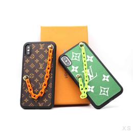 Telefones coloridos on-line-Desiger luxo iphone xs max case com corrente colorida moda phone cases para iphone x xr 6 7 8 além de proteger capa shell tampa traseira com caixa