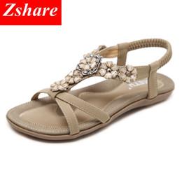 sandali piatti piani in boemia Sconti Bohemian Women Sandals 35-42 Size 2019 Rhinestone Beaded Summer Beach Sandals Women Flip Flops Confortevole Ladies Flat