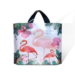 2019 мешки подарка фламинго Фламинго полиэтиленовый пакет Шоппинг Подарочная упаковка Мешки большой емкости Упаковка сгущает качество 4 размера Модная одежда Событие Праздничные принадлежности Сумки дешево мешки подарка фламинго