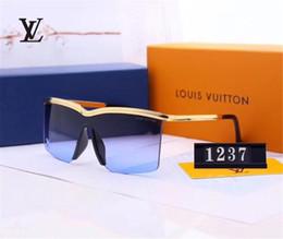 2019 großhandel gravur brille Luxus Sonnenbrille Designer Sonnenbrille Stilvolle Mode Hohe Qualität Polarisierte Herren Damen Brille Modell 1237 6 Farben Optional mit Box