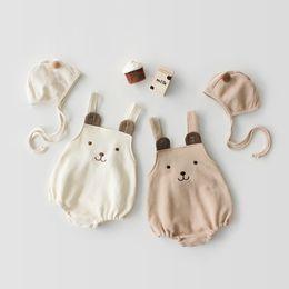 Poco oso ropa online-Ropa de diseñador para niños niñas mameluco encantador Pequeño oso Diseño Sin mangas infantil Mameluco + sombrero Elegante primavera Verano mameluco Monos 0-2T