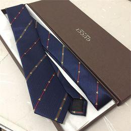 2019 может краситель полиэстер Новый бренд мужской галстук 7. Cm Шелковый жаккардовый галстук мужские аксессуары высокого качества шелковый галстук с фирменной коробкой