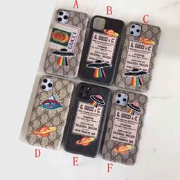 Casos marca de telefone designer para iphone 11 caso Bordado famoso desenho animado telefone Luxo cobertura para Samsung S10 mais Nota 9 Tampa traseira de Fornecedores de ipad q88 comprimido
