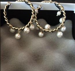 Novos sacos de marca pérola on-line-Novo! Clássicos da moda grande rodada de cristal pérola brinco brincos de marca de jóias para o casamento Fornecer saco para o presente