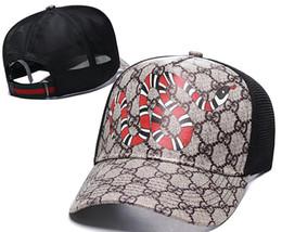 2019 stili del cappello di estate del mens Cappelli del progettista degli uomini caldi di vendita cappelli regolabili dei cappelli di baseball di lusso della signora del cappello di estate delle donne di casquette del camioner europeo di osso del cappuccio di stile americano sconti stili del cappello di estate del mens