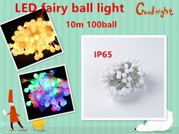2019 luces de navidad seguras Decoración de vacaciones 10m 100 de la bola del RGB LED bola de boda luz de la bola del partido Hada de Navidad con el conector del extremo, IP65
