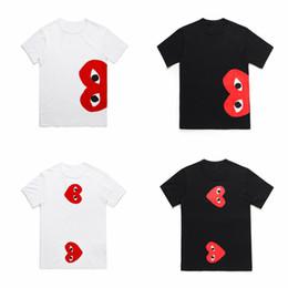 Deutschland Hochwertiges commes des Mens Entwerfer-T-Shirt FEIERTAGS-Herz Emoji garcons Spiel Baumwolle Druckte T-Shirts Weißes T-Shirt die Kleidung der Frauen Männer cheap t shirts emoji tops Versorgung