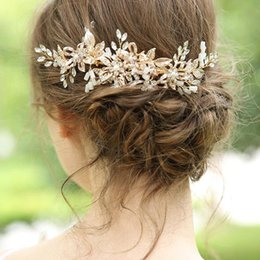 2019 hairpin de ouro vintage Combs cabelo Vintage Rose Flor Gold Leaf Grampos strass cristal cocar cabeça peças de noiva Jóias Acessórios de casamento hairpin de ouro vintage barato