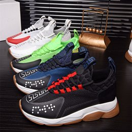 ups release Coupons - New Release Chain Reaction Casual Designer women men Sneakers Fashion Casual Shoes Trainer Lightweight Link-Embossed Sole