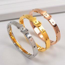 Титановый ремень черный онлайн-Европа И Соединенные Штаты Америки Продажа Street Tide Brand Gold Black Rose Gold Color Нержавеющая Сталь Пряжка Для Ремня Мужчины И Женщины Titanium Bracele