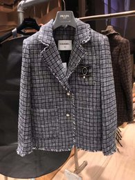 Roupas de roupas tweeds on-line-2019 marca mulheres jaqueta Pearl Diamond Button Knit blazer Tweed jaqueta de manga longa mulheres casuais tops casaco blusão roupas femininas 18-17