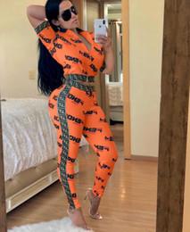conjuntos de roupas curtas para mulheres Desconto 2019 High Street Sexy Fita zíper emenda Two Piece Set 2019 mulheres Com Decote Em V Carta Impressão Treino de manga Curta Tops + Calças Sporting Terno