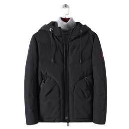 Ropa sencilla de invierno para hombres online-Trench Coat Men Real Trench Coat Invierno 2018 Nueva base simple de ropa Amazon Fast-selling Pure-color Ocio Calefacción Cap
