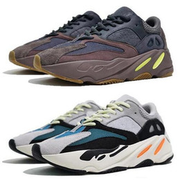 02b7467f zapatos de tenis para hombre mejor Rebajas 2019 700 V2 zapatos para correr  Kanye West hombre