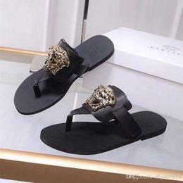 2019 Damen Keil Sandalen Designer Flip Flops Design Slides Frau Hausschuhe Hochwertige Gladiator Sandalen Leder Frau mit der Box von Fabrikanten
