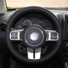 2019 le ruote di jeep cherokee Auto volante Copertura a mano stitc? H sulla decorazione di interni copertura dell'involucro da auto per Jeep Grand Cherokee 2011-2013 le ruote di jeep cherokee economici