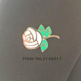 albañil Rebajas 50 unids Esmalte Duro Broche Collar Pins Shriner Square y Compass Free Mason Insignia de Metal Masónica Rosa Blanca Personalizada Pin de Solapa