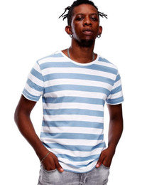 2020 tee shirt rayé blanc bleu Chemise rayée pour les hommes Stripe T-shirt Homme Haut-shirts marine russe Même base large Stripped Cosplay Rouge Blanc Noir Blue Boy tee shirt rayé blanc bleu pas cher