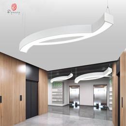luces de techo para tiendas Rebajas Luces colgantes irregulares de aluminio para oficina Luz de techo LED Sala de conferencias Premium Sala de reuniones Tienda Decoración luminosa Accesorios Envío gratis