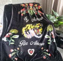 2019 couverture en tricot jaune Couverture de mode de broderie de gros tigreGoddess corail molleton tapis pour salon impression de tigre couvertures de couchage pour bébé 150 *