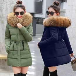 7d68b9e19ef Chaqueta de invierno para mujer Nuevo 2018 Abrigos abrigo de piel sintética  Hembra Parka negro de algodón grueso forro acolchado Damas manteau femme  hiver