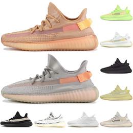 обувь для девочек Скидка Глина Мода Glow Розовый Статический Кунжут Истинная Форма Гиперпространство Мужчины Женщины Кроссовки Kanye West Beluga Orange Bred спортивные кроссовки размер 7-13