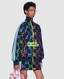 19 Últimas chaquetas técnicas para mujer Chaquetas de manga larga Chaqueta de cuello alto con soporte de alta calidad + Minifalda en dos piezas Conjunto desde fabricantes