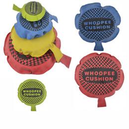 Truque de brincadeiras on-line-Crianças Diversão Prank Brinquedos Whoopee Almofada Piadas Mordaças Pegadinhas Criador Truque Brinquedo Engraçado Peido Almofada Almofada Perdushka Para Criança Brinquedo Adulto L