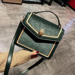 Borsa all ingrosso delle donne di marca nuove borse dei capelli del cavallo  in inverno contrasto moda in pelle borsa Messenger a mano elegante  atmosfera ... 12d73e170f5