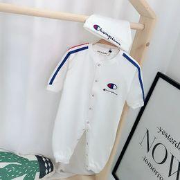 Kleinkind kleider jungen 24 monate online-Frühling Neue Babykleidung set Mode Strampler + Kappe 2 teile / satz Neugeborenen Kleinkind Babykleidung Set Bebes Outfits 0-24 Monate.