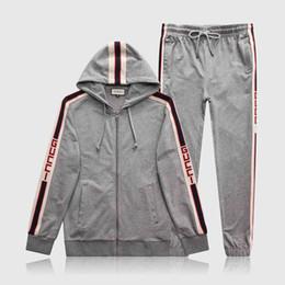 2020 3xl trajes para trotar Diseñador de la marca Trajes de jogging para hombre Medusa Sudaderas con capucha impresas Sudadera Slim Fit Chándales para hombres Chaqueta de manga larga Sudaderas