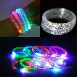 Deutschland 30pcs / LED blinkendes Armband leuchten leuchtenden Spielwaren des Acrylarmband-Partei-Stab-Chiristmas leuchtenden Armbandes für Kinder Versorgung