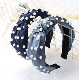Design da vara do casamento on-line-Cor Candy Girl pérolas cheia de proa projeto hairband Cabelo Boutique Varas Charming Acessório headband de noiva de noiva acessórios para o cabelo A0125