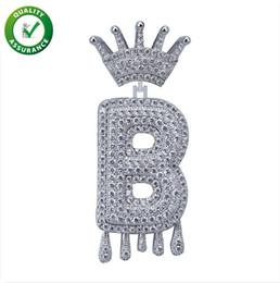 Iced Out Pendentif Hip Hop Bijoux Mens Designer De Luxe Collier Collier Diamant Vintage Couronne Anglais Lettre Tassel Pendentifs pour Hommes Femmes De Mariage ? partir de fabricateur