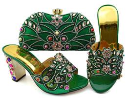 b robes sac à main Promotion Les femmes vertes à la mode chaussures à talons hauts avec grand cristal et perles pour robe pompes africaines correspondent ensemble de sac à main GFN1902, talon 9CM