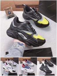 2019 sapatas de vestido da lona dos homens Mens Womes Sapatos de Bezerro de Lona Sapatos Casuais Moda Europa Moda de Luxo Sapatos de Grife Sneaker Waling Vestido de Malha técnica chaussures sapatas de vestido da lona dos homens barato