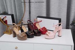 Chaussures de marque plush en Ligne-Brand New Summer Femmes Pantoufles Fluffy Vraiment Fourrure Fox Barrettes Des Chaussures Plat En Peluche Chaussures Maison Flip Flops Dames Sandales
