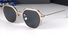 Gafas de sol gafas de sol online-Nuevo diseñador de moda gafas de sol 812 marco redondo simple flip óptico de doble uso estilo popular uv400 protección gafas al por mayor de calidad superior