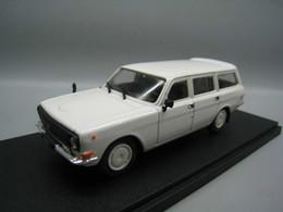 2019 modelo de carro fundido 24 IXO 1/43 Escala Brinquedos Modelo de Carro RUSSO GAZ 24 12 Diecast Metal Modelo de Carro de Brinquedo Para Coleção, presente, crianças desconto modelo de carro fundido 24