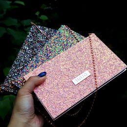 borsa di trucco nuda Sconti 2019 Fashion New Chain bag palette di ombretti 15 colori palette di ombretti opachi glitter ombretto trucco set trucco nudo Cosmetico