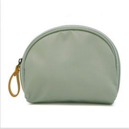 Косметический бизнес онлайн-Women Shell Cosmetic Bag Makeup Organiser Case Toiletry Bags New Fashion Solid Waterproof Travel Business Trip Accessories