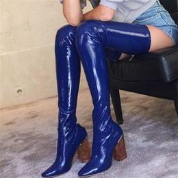 stivaletto blu sulle scarpe da ginocchio Sconti Stivali alti alla coscia in vernice nera blu Donna Eunice Choo 2018 Stivali alti alla moda elasticizzati sopra gamba tacco alto Chunky Donna