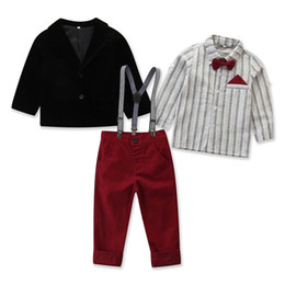 Cravatta denim online-Boy Clothing Set Vestiti per bambini Bambini Gentleman Suit Striped Bow Tie Shirt + Coat + Suspender Denim Pants 3pcs / set boy Gentleman Costume M287