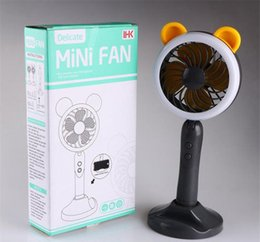 2019 usb fanhalter 3 in 1 kreative tragbare Handheld Mini Fan Tischlampe USB Lade Desktop Halterung Lüfter mit Handyhalter 4 Farben günstig usb fanhalter