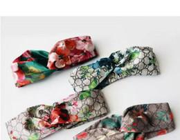 Wholesale Bandeau élastique pour hommes et femmes NOUVEAU G lettre Sequins design vert rouge rose bandes de cheveux pour les femmes fille rétro Turban Headwraps mix