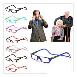 553faf8b98 2019 gafas de lectura Unisex Imán Gafas de Lectura Hombres Mujeres Colorido Ajustable  Cuello Colgante Magnético