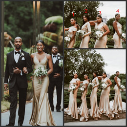 multi abito colorato Sconti 4 stili del collo multi-colori personalizzati Nigeria sirena abiti da damigella d'onore elegante nozze ospite damigella d'onore abiti 2019