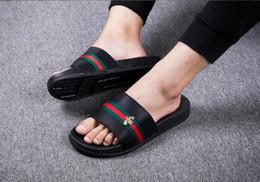 Super pantoffeln online-Herren Schuhe Herren Wohnungen 2018 Marke Schuhe italienische Männer Schuhe Männer Sandalen Casual Fashion Herren Sandalen Super Star Slippers Größe: 36-45
