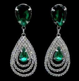 Canada Hot Style La nouvelle boucle d'oreille à la mode joue le rôle de cristal émeraude pour fixer la boucle d'oreille en diamant à la mode et classique cheap emerald crystal drop earrings Offre
